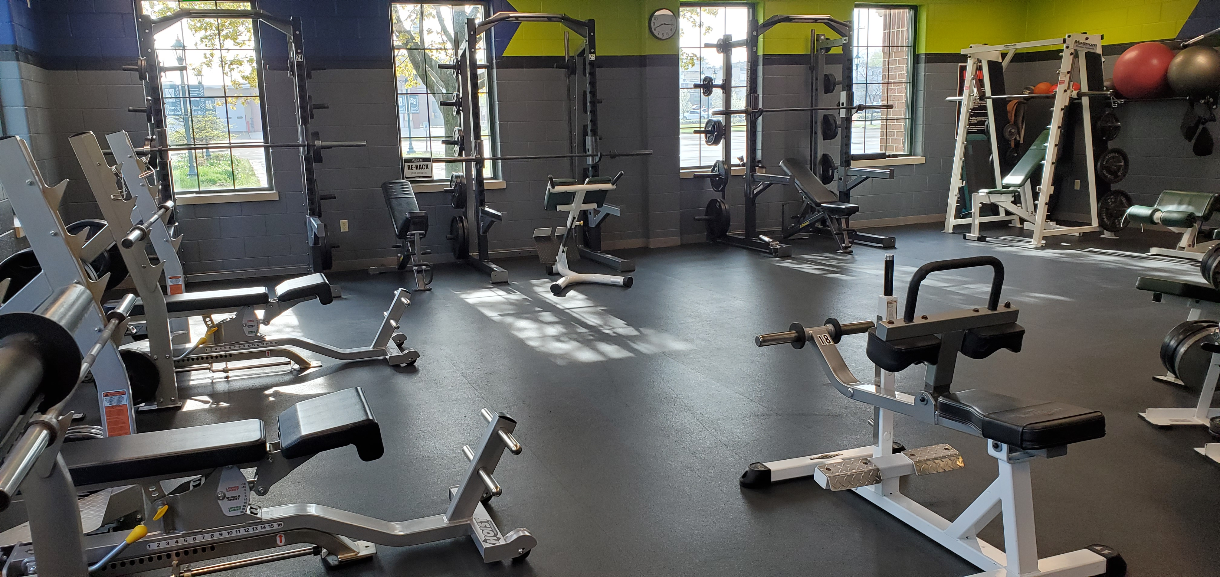 Free Weight Room 1